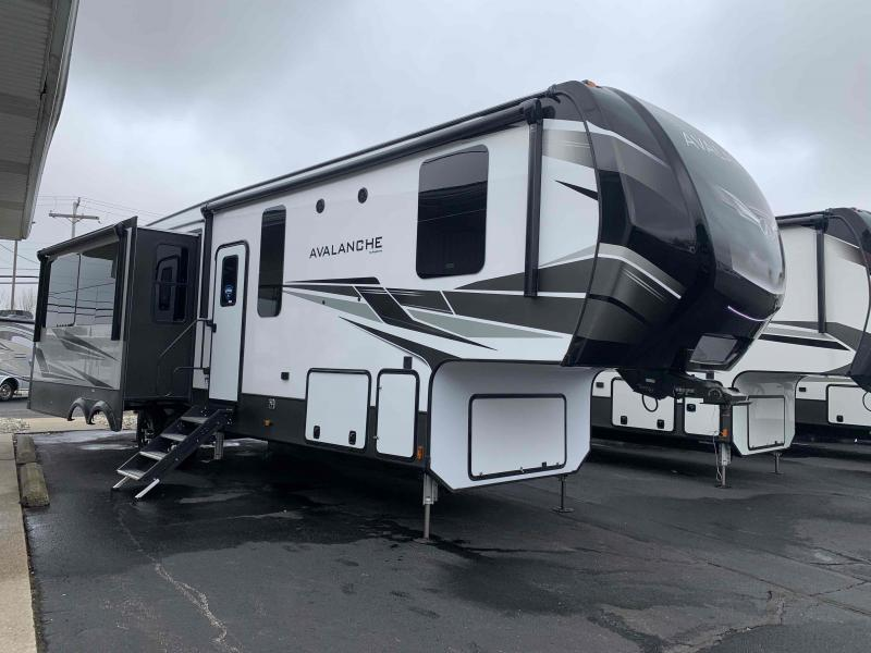 2021 Keystone RV Avalanche 322RL Fifth Wheel Campers RV
