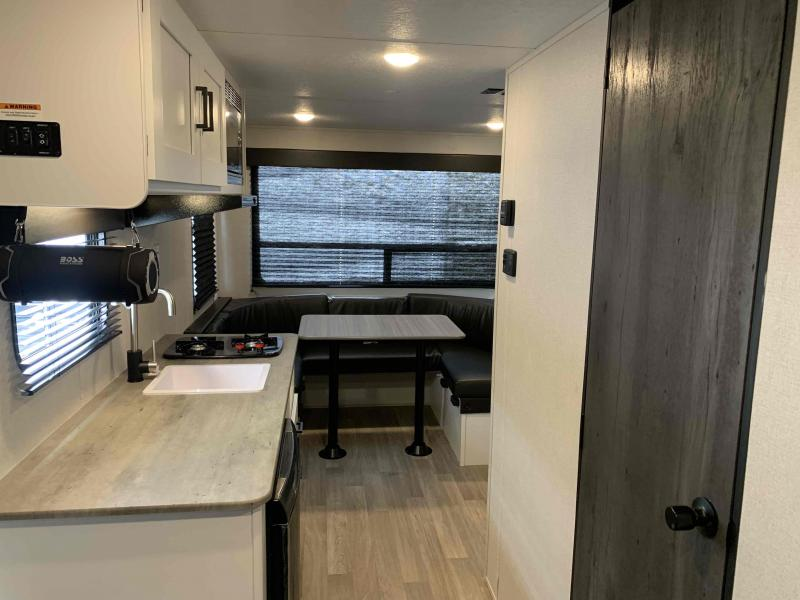 2021 Keystone RV Hideout 177RD Travel Trailer RV