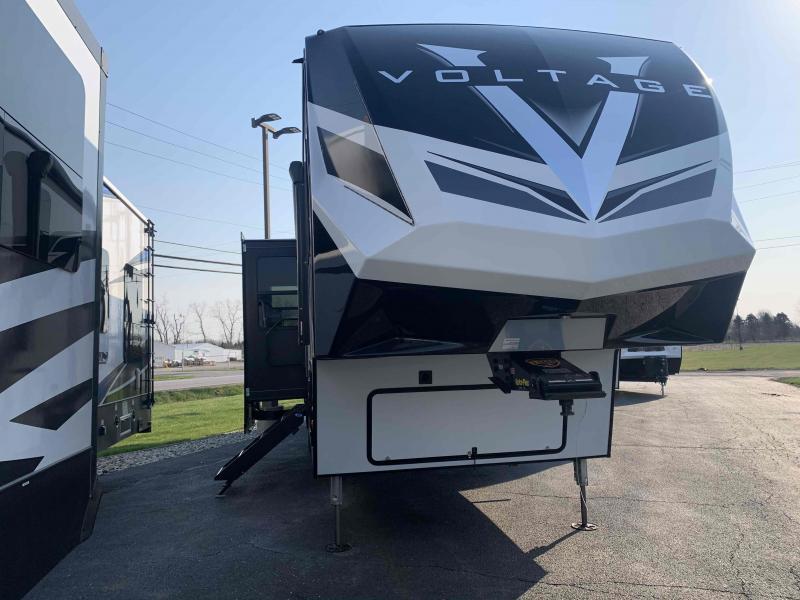 2021 Dutchmen Mfg 3915 Toy hauler Campers