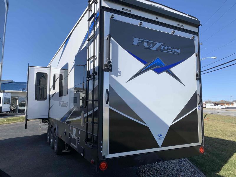 2021 Keystone RV 428 Fuzion Toy Hauler