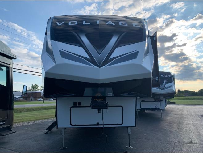2021 Dutchmen RV Voltage 4145