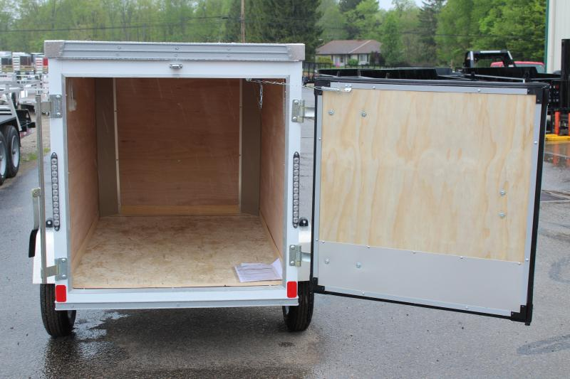2021 United Trailers XLE-46SA30-S Enclosed Cargo Trailer