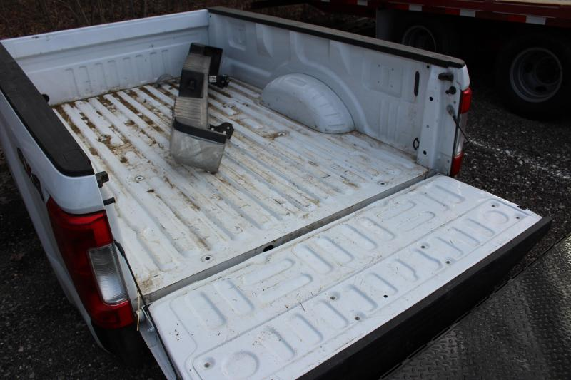 2019 FORD 8' SRW TRUCK BED Used