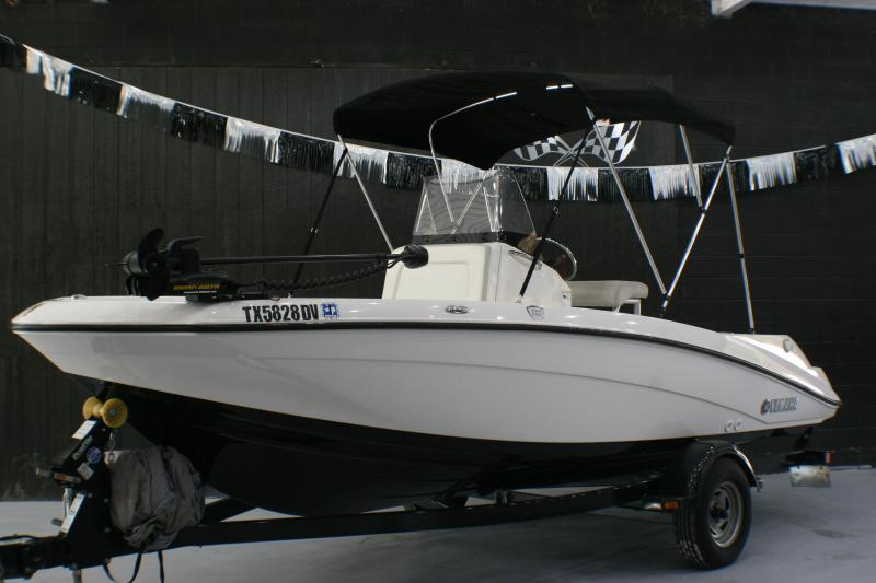 2017 Yamaha 190FSH Fishing Boat