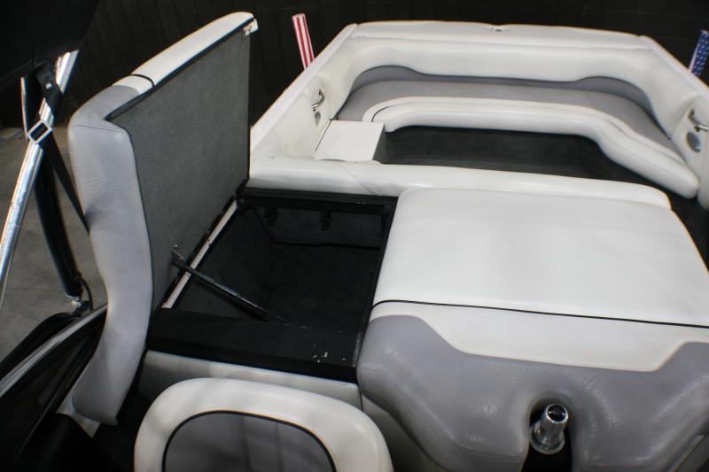 2003 Malibu Wakesetter 23 XTi Ski/Wakeboard
