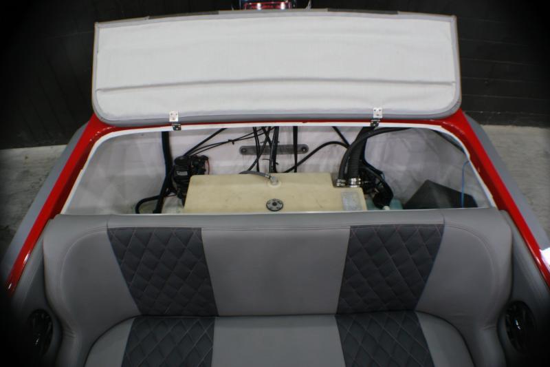 2020 BOSS HP22 High Performance Boat
