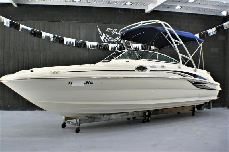 2001 Sea Ray 240 SD Deck Boat