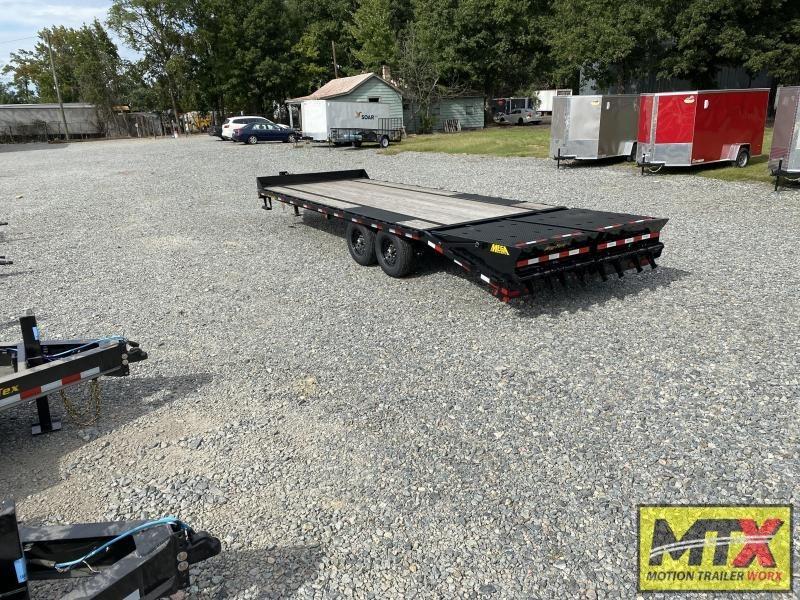 2021 Big Tex 20+5 14PH Over Deck Pintle w/ Mega Ramps