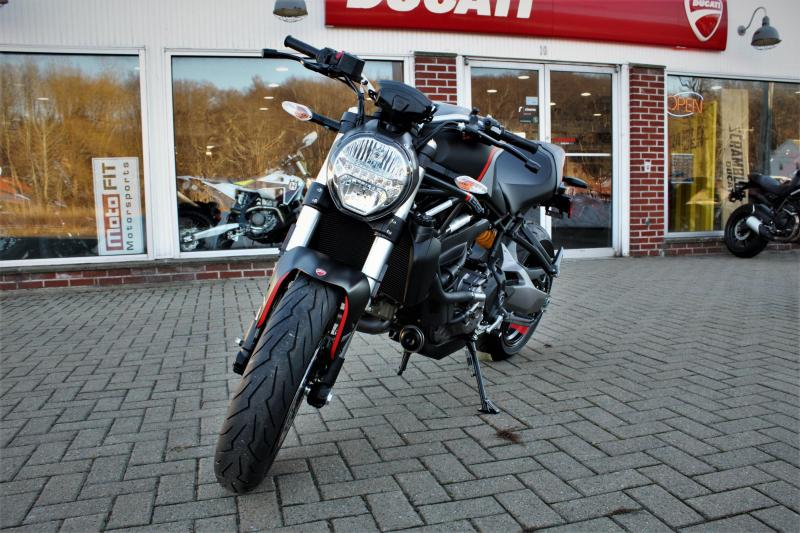 2021 Ducati Monster 821