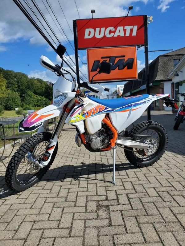 2022 KTM 500 EXC-F Six Days