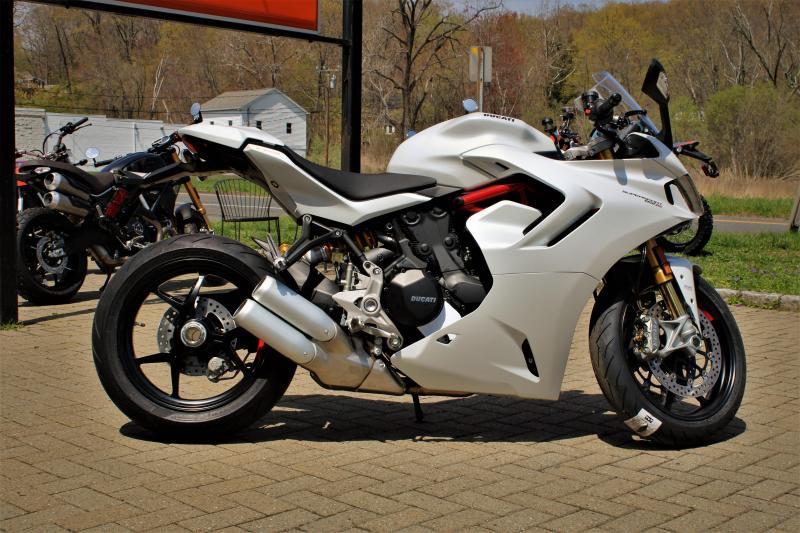 2021 Ducati Super Sport 950 S