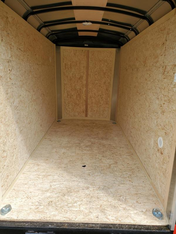 2022 Cargo Express EXR5X10S12RD EX CARGO DLX ROUND Enclosed Cargo Trailer