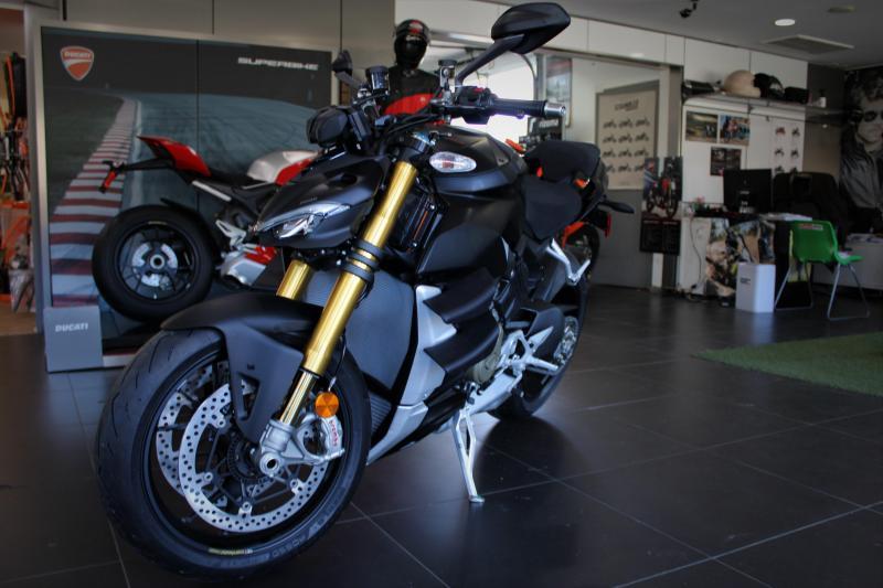 2021 Ducati Streetfighter V4s