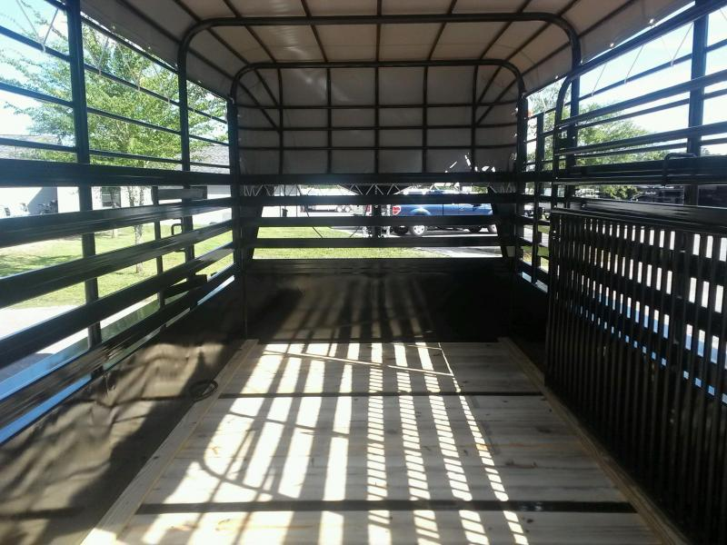 ST1210G TEXAS TRAILERS 12' GOOSENECK STOCK TRAILER W/ OPEN BULKHEAD