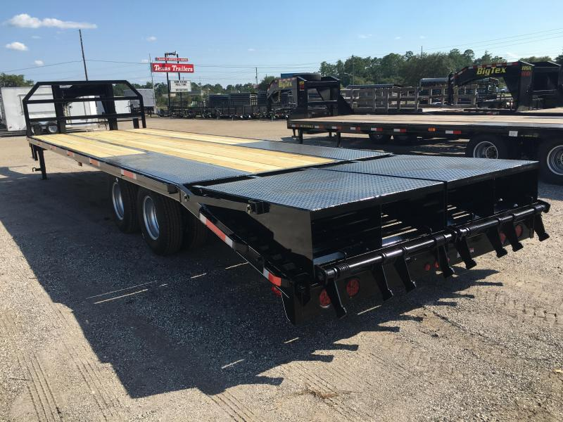 FB3020G TEXAS TRAILERS 30' GOOSENECK DECK OVER FLATBED SHOWN W/ CUSTOM OPTIONS
