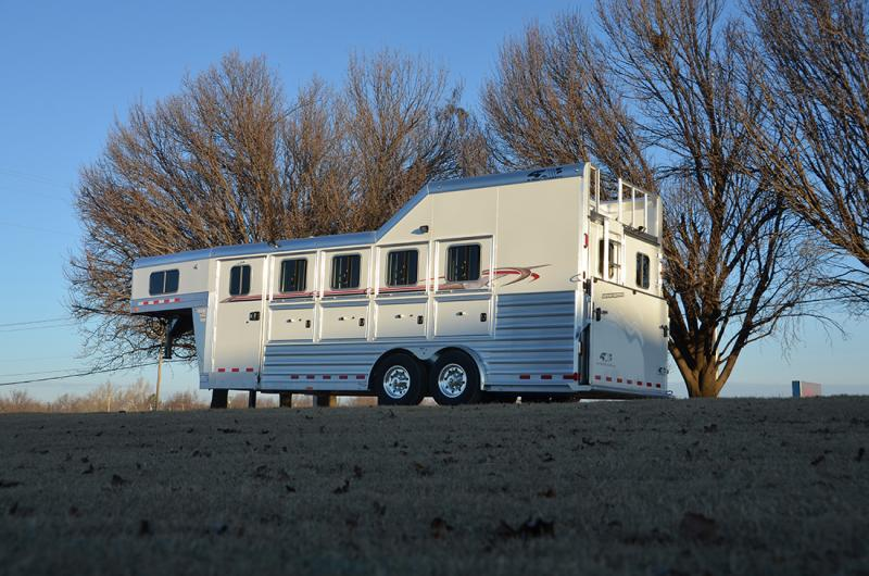 2021 4-Star Trailers 4 Horse Model - 21' x 7' Other