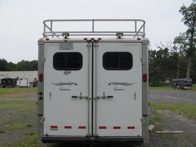 2006 Sundowner Trailers 4 Horse Living Quarters Horse Trailer