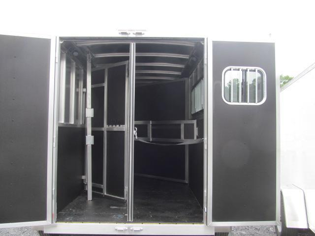 Shadow Trailers Stablemate 2H Slant BP Horse Trailer