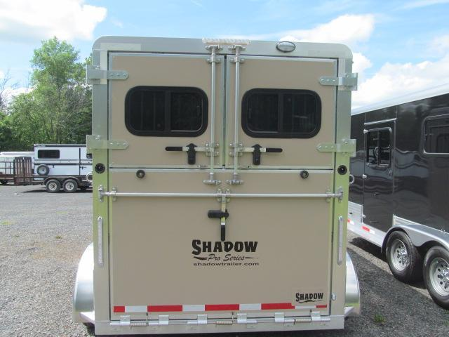 Shadow Trailers Pro Series 2 H BP W/ Dressing Room Horse Trailer