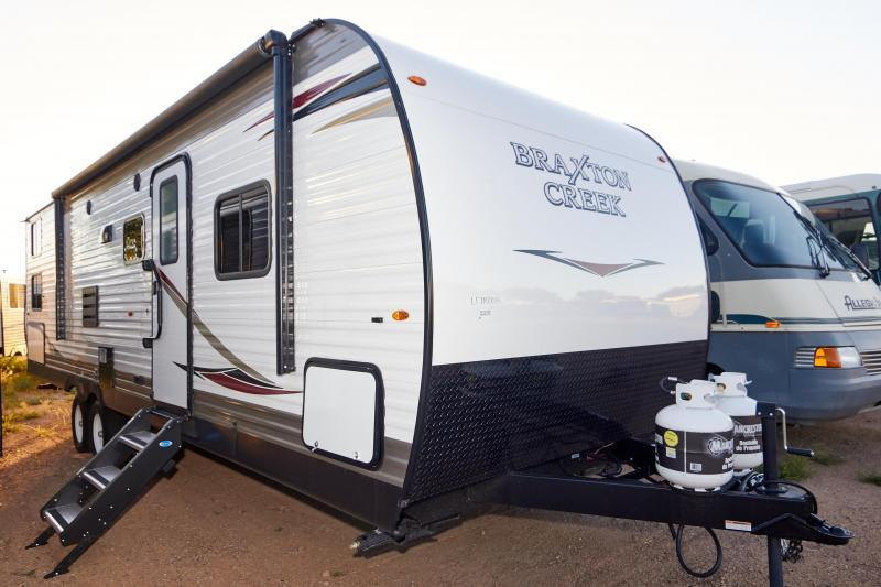 2020 Braxton Creek 300 DRBH Travel Trailer RV