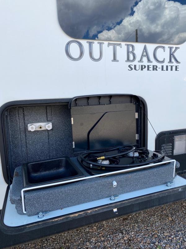 2017 Keystone RV Outback Super Lite 324CG Toy Hauler RV