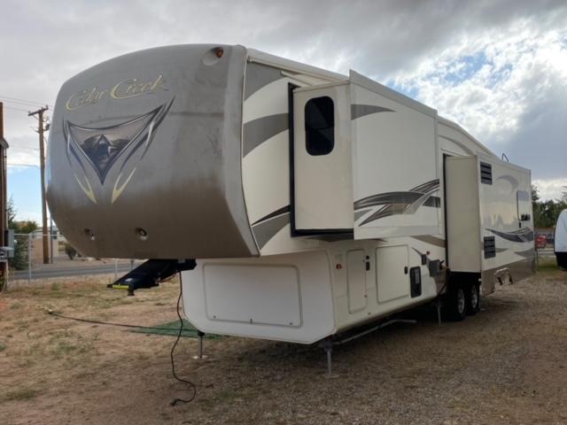 2014 Cedar Creek Fifth Wheel M-36CKTS Fifth Wheel Campers RV