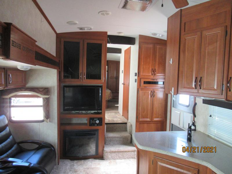 2013 Keystone RV Montana High Country 338DB