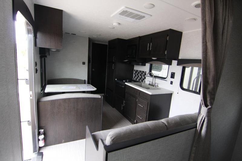 2020 Braxton Creek Other 27BH Travel Trailer RV