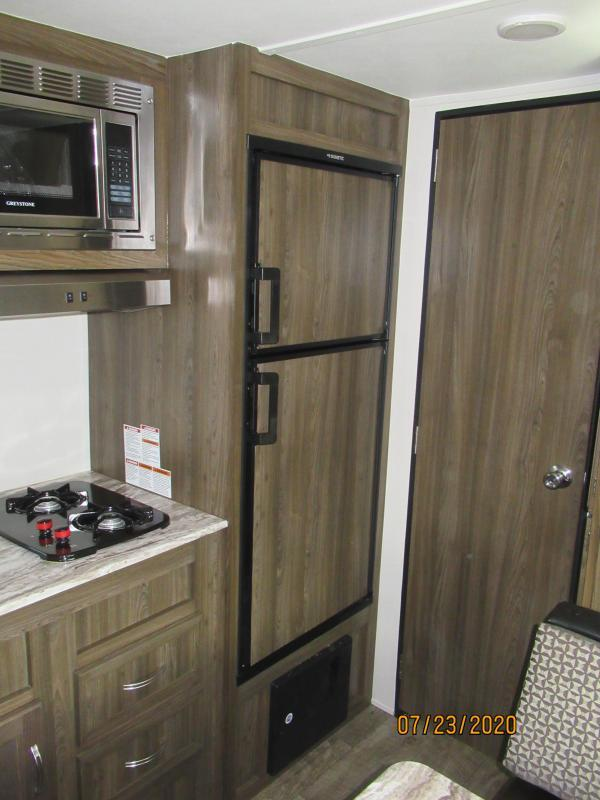 2021 Chinook Dream D178 QB Travel Trailer