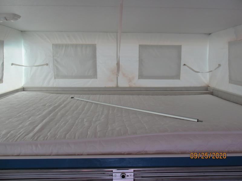 2005 Lite-Craft Truck Bed Camper