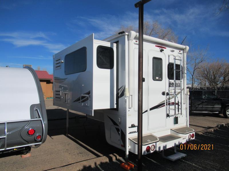 2019 Lance 975 Truck Camper