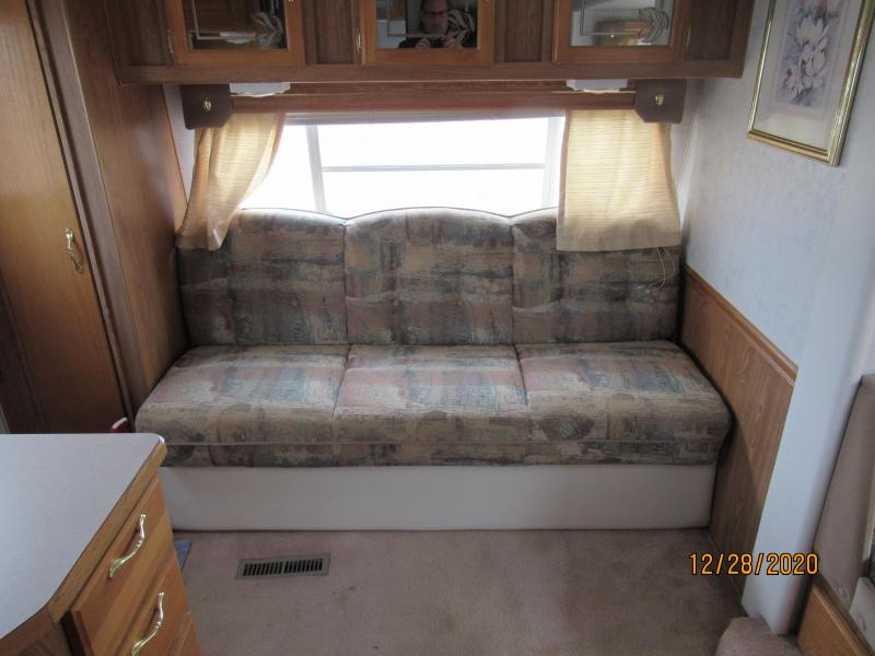 1999 SunnyBrook 5th Wheel