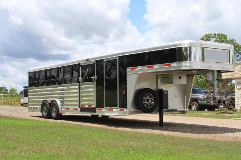 2020 Exiss 26ft Low Pro with 10 Pen System and 8ft Wide