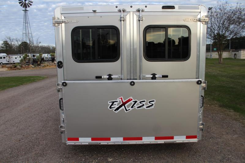 2021 Exiss Trailers 8 Pen Low Pro with Front Tack Room and Side Ramp Livestock Trailer