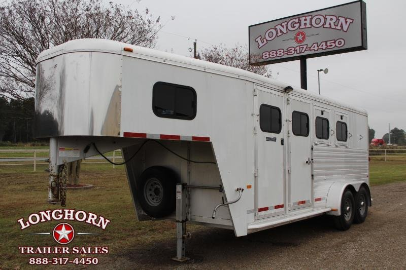 2004 Hart Trailers 3 Horse Goosneck With Front Tack Room Horse Trailer