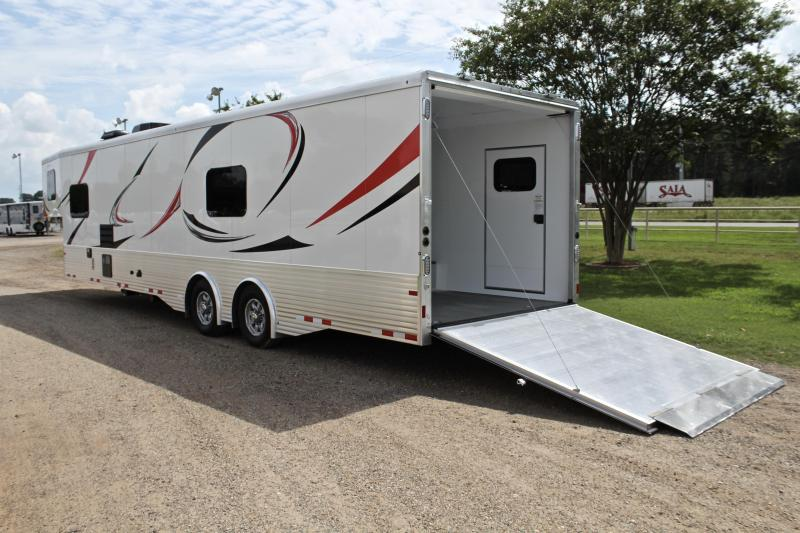 2021 Sundowner 2186 GM with 18ft Garage Toy Hauler