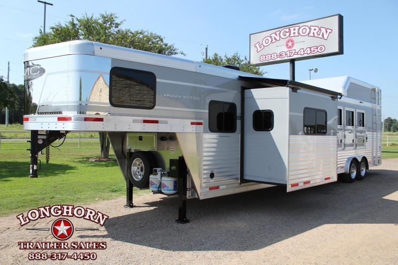 2021 SMC Horse Trailers 4 Horse Side Load 13ft Living Quarter with Slide Horse Trailer
