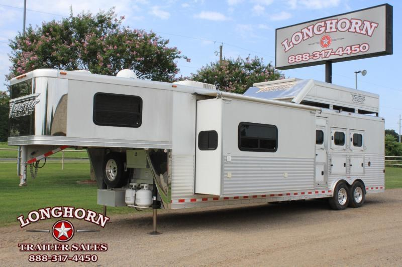 2012 Twister 3 Horse 15' Outlaw Big Slide Out