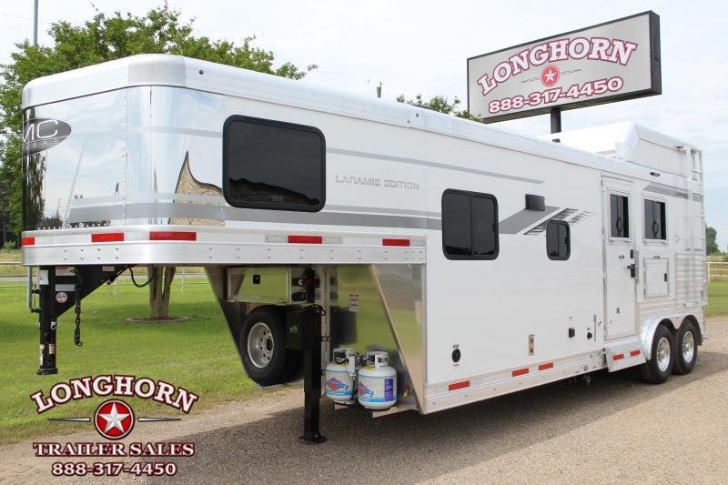 2022 SMC Horse Trailers 2 Horse with 9.5ft LQ 8ft Wide Horse Trailer