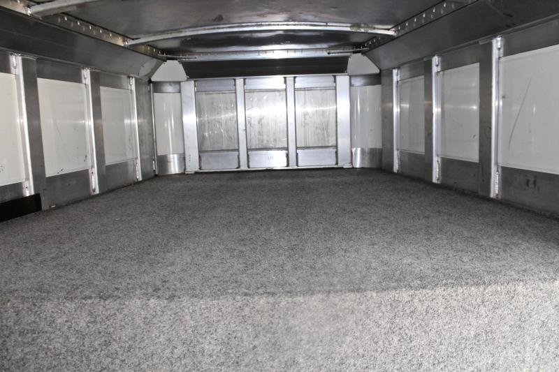 2008 4-Star Trailers 24ft Show Cattle Side Ramp into Stock Livestock Trailer