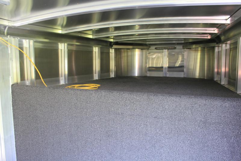 2020 Exiss Trailers Low-Pro with 6' Tack / 10 Pen