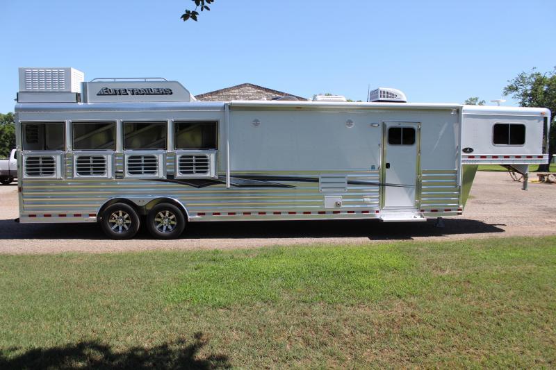 2021 Elite Trailers 4 Horse 12.8ft Living Quarter with Generator Horse Trailer