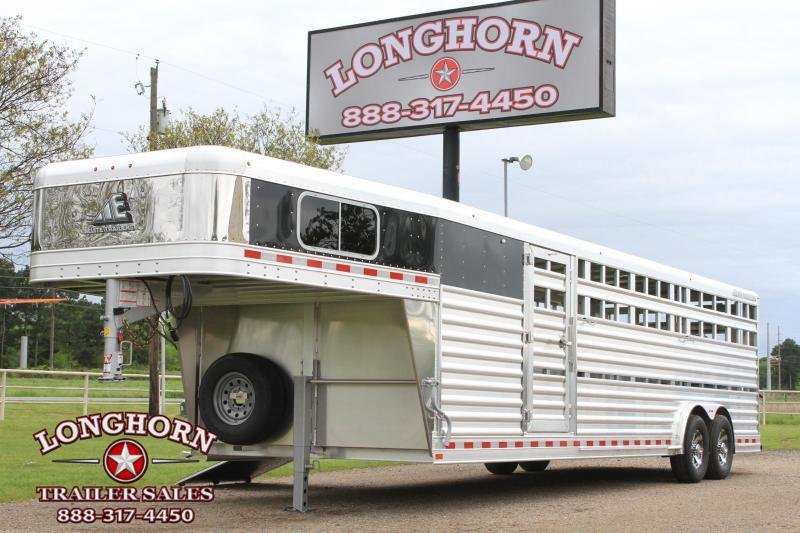 2021 Elite 8' x 28' Show Cattle Combo with Side Ramp