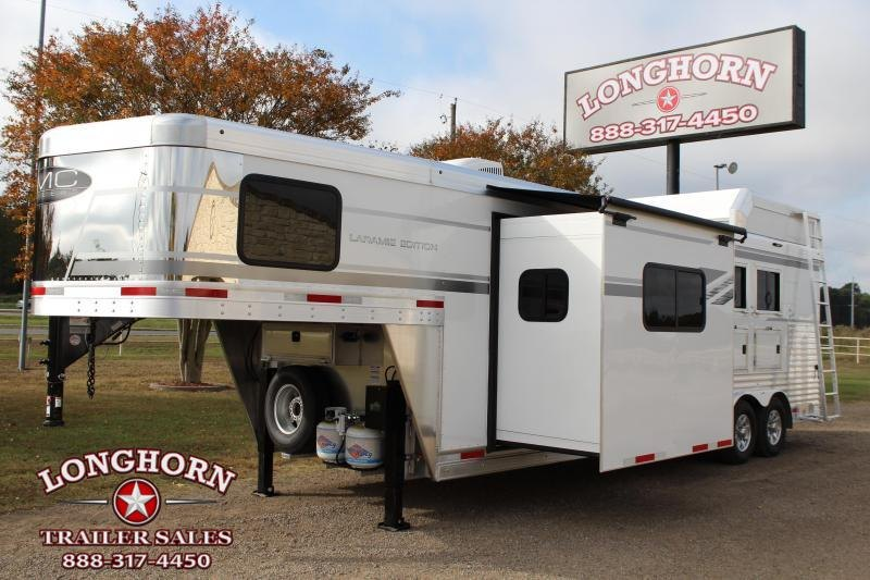2021 SMC Horse Trailers 3 Horse 11ft Living Quarter with Slide Out Horse Trailer