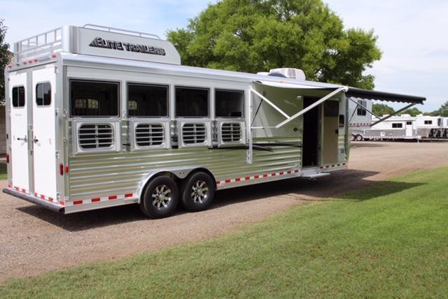 2020 Elite 4 Horse 10'8'' Shortwall by TrailBoss