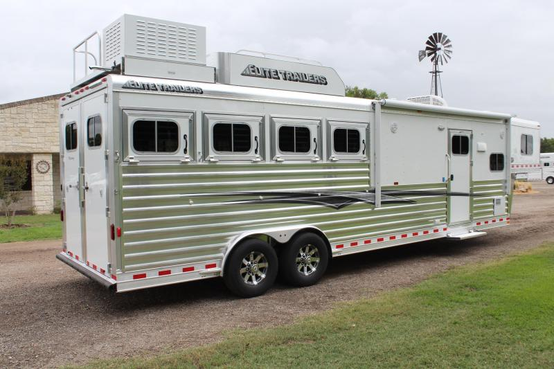 2020 Elite 4 Horse 10.8 Living Quarter with Generator
