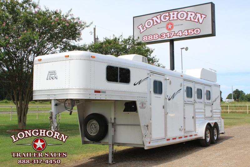 2014 Platinum Coach 3 Horse 8' Lq w/ Mangers