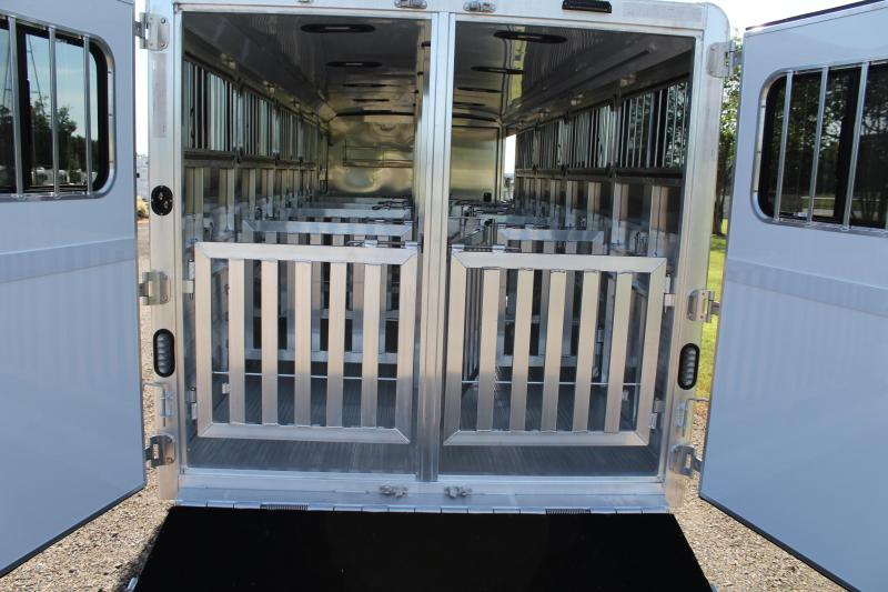 2020 Exiss 25ft Low Pro 10 Pen System with Tack Room