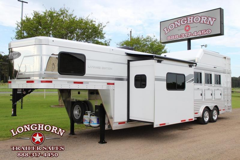 2021 SMC 4 Horse 11ft Living Quarter with Slide Out