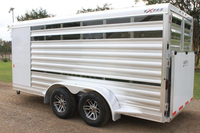 2020 Exiss Low Pro with 6 Pens and Rear Ramp